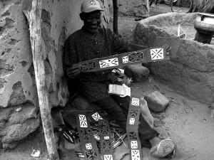 Vendeur de tissus tissés main à Guelwongo