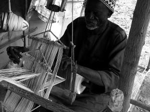 Tisseran à Bobo-Dioulasso